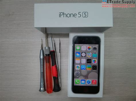 my iphone charger port is broken how to replace the iphone 5s charging port