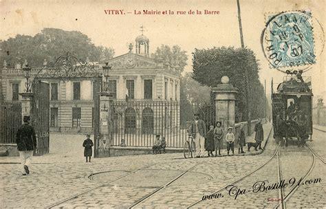 vitry sur seine la mairie et la rue de la barre d hier 224 aujourd hui cartes postales anciennes
