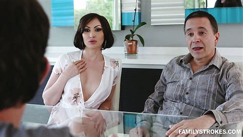 Best Cuckold Porn Videos With Slutty Wives And Girlfriends