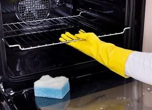 Comment Nettoyer Une Casserole En Aluminium Noircie : comment nettoyer son four facilement fra chement press ~ Medecine-chirurgie-esthetiques.com Avis de Voitures