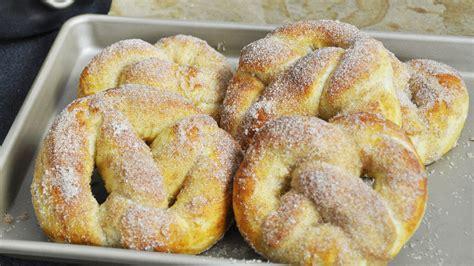 hervé cuisine brioche recette des pretzels ou bretzels briochés sucre cannelle