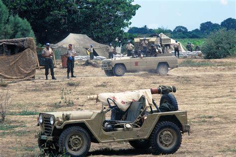jeep tank military file moroccan military jeeps in somalia jpeg wikimedia