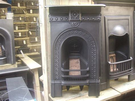 Bedroom Fireplace by Antique Bedroom Fireplace Fireplaces