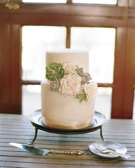 32 Small Wedding Cakes With A Big Presence Martha