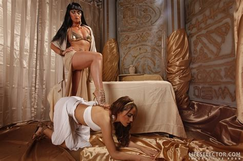 A Pair Of Lovely Chicks In Egyptian Outfits Xxx Dessert