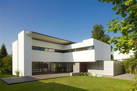 Moderne Häuser Und Gärten by Zwei H 228 User F 252 R Zwei Schwestern Moderne Einfamilienh 228 User