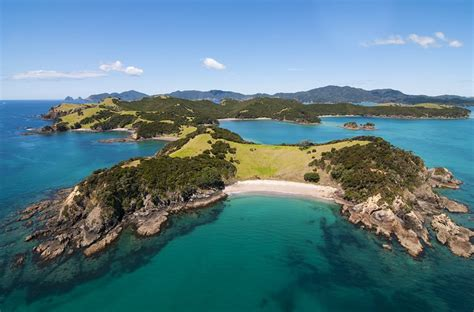 11 Toprated Tourist Attractions In The Bay Of Islands. Kilmaneen Farmhouse B And B. Allee-Hotel Pavillons. Evershine, A Keys Resort. Crowne Plaza Shanghai Fudan Hotel. Sheraton Fort Lauderdale Airport And Cruise Port Hotel. Brookville House. Flamingo Inn. A Park City Destination Hotel