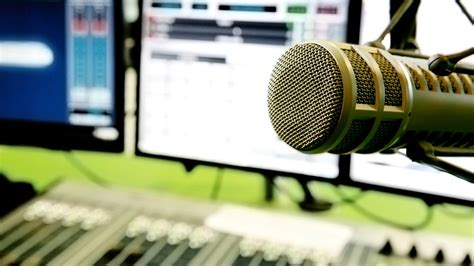 10 Internet Radio Stations You Should Be Listening To ...
