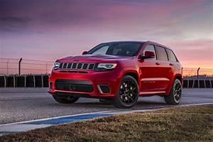 Jeep Cherokee 2018 : the 2018 jeep grand cherokee trackhawk costs almost 90k news ~ Medecine-chirurgie-esthetiques.com Avis de Voitures