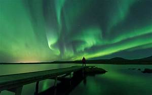 London Lights Tour Aurora Borealis Northern Lights Tour From Reykjavik