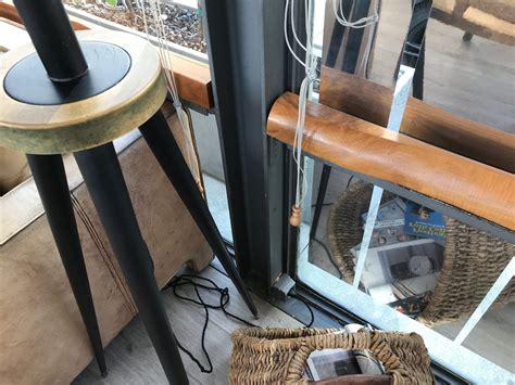 cafe  cais porto portugal atelier de hahn