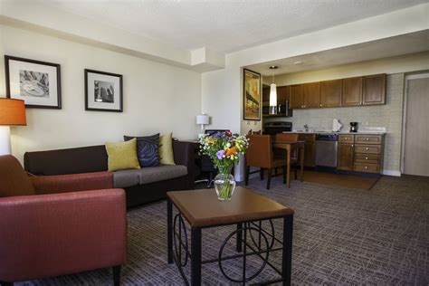 3 Bedroom Hotel Suites In Chicago Psoriasisgurucom