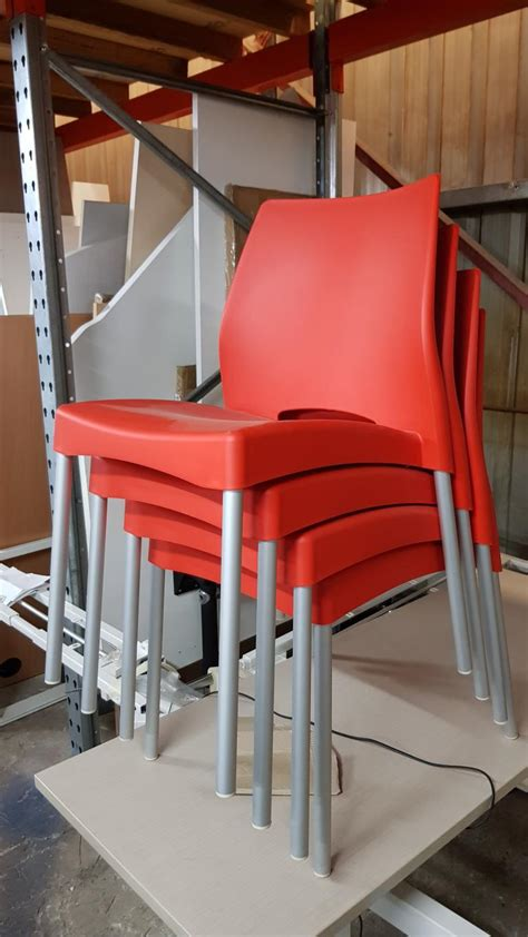 clearance red plastic lunchroom chairs   aurora