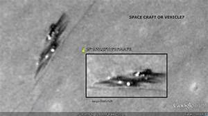Alien Spacecraft lands on the Moon? - 2013  UFO Sightings ...