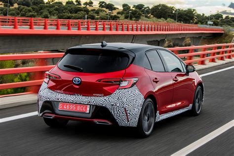 Toyota Corolla 2019 Uk by Toyota Corolla 2 0 Hybrid Hatchback 2019 Review Autocar