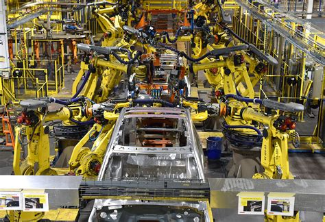 ford expedition starts production  kentucky truck