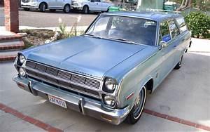 Ramblin' Wagon: 1965 Rambler Ambassador 880