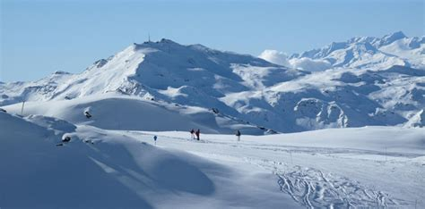 holidays in val thorens the 3 valleys at les chalets de rosa 235 l