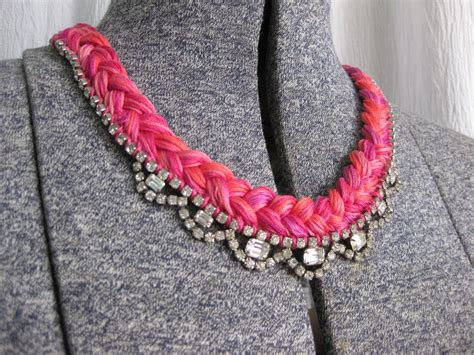 15 Diy's To Liven Up Old Jewelry With Embroidery Thread Kohl's Costume Jewelry Necklaces Terracotta Jewellery At Low Cost Gordon Jewelers Westfield Nj Workshop Bangalore Classes In Pune Kerala Online Uyehara