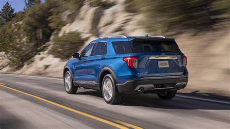 2020 ford explorer design 2020 ford explorer debuts with new design more options