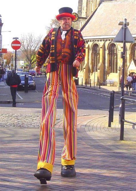 Kaos Travis Barker andy clay stilt walkabout happy stilt walking day