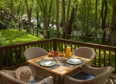 a cottage creekside cottages luxury accommodations l auberge de