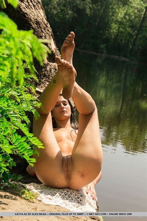 Sexy Native American Squaw Gives Out Lakesi Xxx Dessert Picture 13