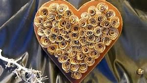 Herz Aus Zweigen Basteln : fr hlingsdeko basteln herz basteln aus alten buchseiten hochzeit muttertag youtube ~ Markanthonyermac.com Haus und Dekorationen