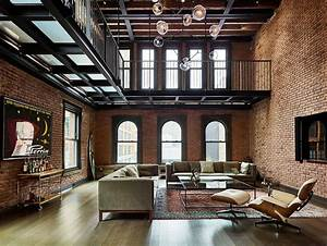 Modern Industrial: 1890's New York apartment Turned into