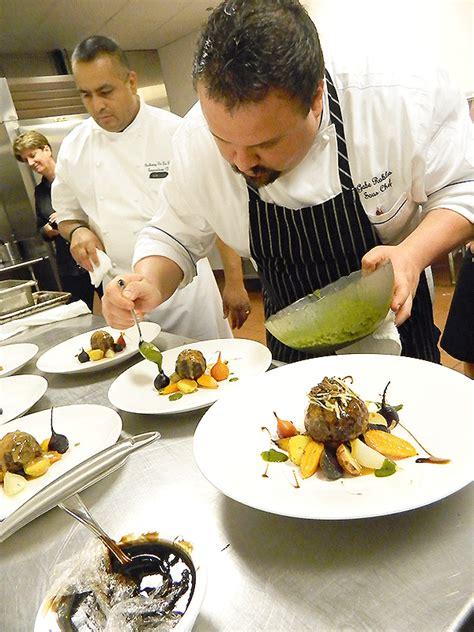 chef de cuisine salary hospitality hotel manager restaurant recruiter chef