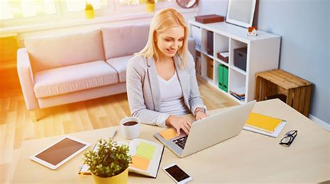This lets you keep your overhead expenses at a minimum, but having an online business also means you can work from anywhere. Business from Home