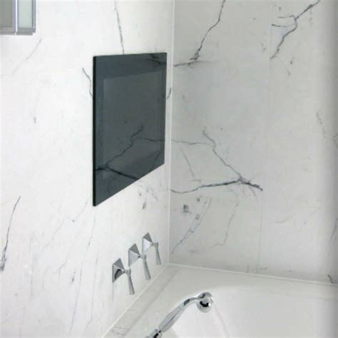 Marble effect ceramic tiles for an opulent bathroom