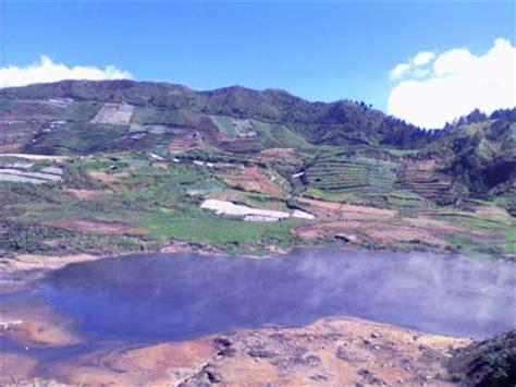 obyek wisata gunung dieng tempat wisata foto gambar