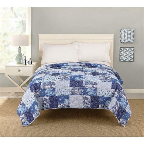 Size Bedspreads And Quilts by Big Fab Find Patchwork Quilt Blue Comforter Bedding