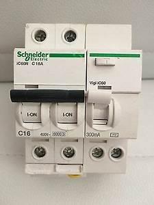 Disjoncteur Schneider 16a : disjoncteur diff rentiel schneider 16a 300ma bipolaire ~ Melissatoandfro.com Idées de Décoration