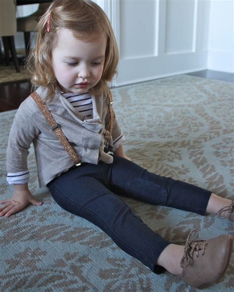 Little Girl Cute Outfits with Suspenders