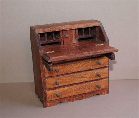 antique governor winthrop desk value 17 best images about collectibles salesman sle