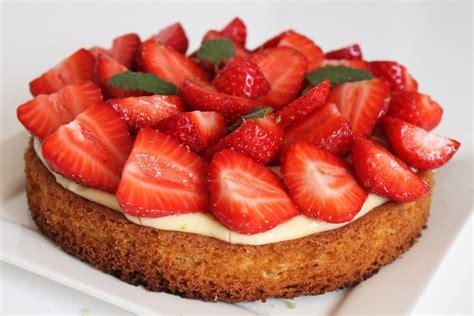 tarte aux fraises sur sabl 233 breton surprises et gourmandises
