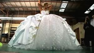gypsy wedding dresses photos video of impressively big With traveller wedding dresses