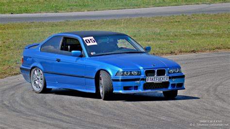The 30l twin turbocharged inline 6 engine has been revised to deliver and extra 28 hp to 454 hp in total. BMW E36 Wallpaper (61+ images)