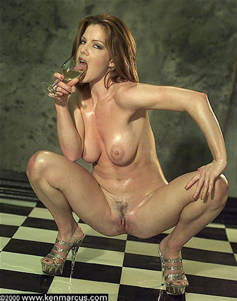 Naked Kira Reed Added 07192016 By Bot