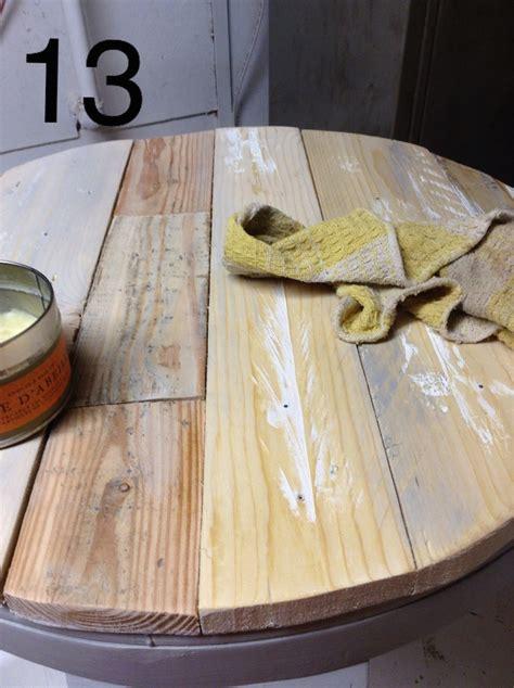 cercle de cuisine recouvrir une table basse en bois de palette déconome