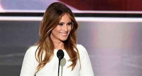 Melania Trump sues Daily Mail and blogger over 'tremendously ...