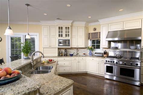 santa cecilia light granite kitchen traditional with
