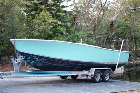 Boat Hull Project For Sale by 1974 25 P D Hull Seavee Project The Hull
