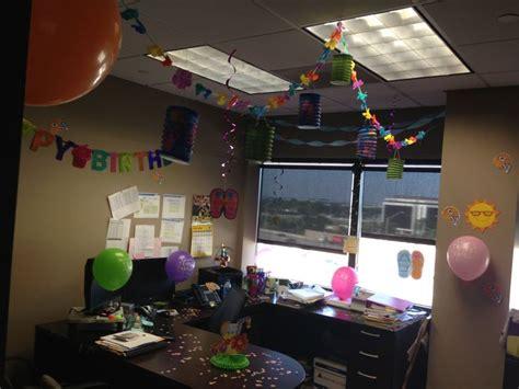 office birthday decor celebrate  employees birthday