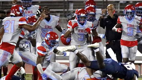 Texas high school football central: Final scores, game ...