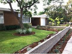 17 Scenic Mid Century Modern Landscape Designs You Need In Your Garden Houzz A Mid Century Marvel Revived In Long Beach Modern Landscape LANDSCAPING DESIGN PLANNING Mid Century Modern Old School Design Ideas Forget The Traditional Look Modern Front Yard Landscaping Ideas