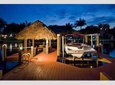 Boat included with this comfortable pool VRBO