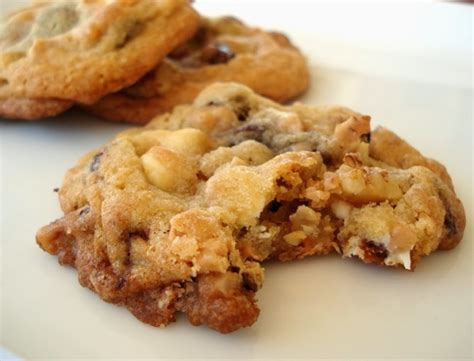 kitchen sink cookie recipe everything but the kitchen sink chocolate chip cookies 5685